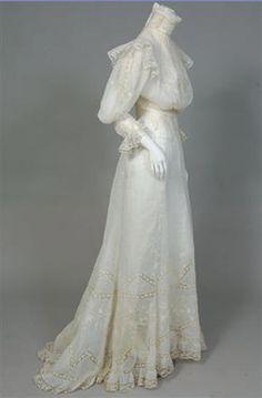 1901 TENUE DE THÉ EN LIN