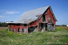 Tennessee is rich in agricultural History , many of its barns are becoming relics abandoned  dreams and reminders of the past