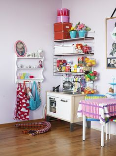 Customized IKEA kids kitchen looks so colourful and begs you to play with it belongs to Harry lucky boy! Wish I had the space for it.