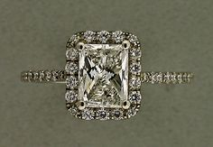 Dear friends, if ever in the future asked what kind of ring I want...vintage...