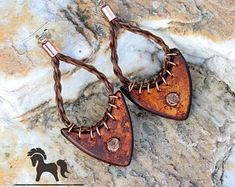 Horse Hair and Leather Earrings - Horsehair Jewelry - Cow Hair - Cow Switch Horse Hair Bracelet, Horse Hair Jewelry, Mane Hair, Bracelets With Meaning, Leather Art, Stitching Leather, Sterling Silver Cross, Leather Earrings, Wire Wrapped Jewelry