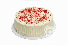 Bolo Veludo Vermelho: O red velvet é um sabor clássico americano que encantou os brasileiros. Nosso bolo vermelho (um receita especial que mescla baunilha e chocolate) leva recheio de cream cheese e cobertura de buttercream!