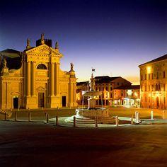 Ceneda Vittorio Veneto Beautiful Space, Mansions, House Styles, Heartland, Home Decor, Spaces, Google, Happy, Italia