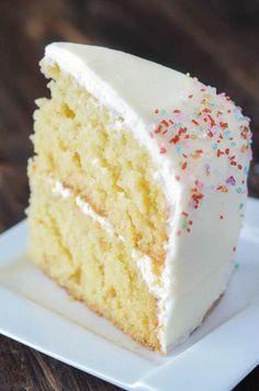 Vanilla dream cake recipe - Vanilla Dream Cake a crazy moist vanilla layer cake frosted with creamy vanilla buttercream icing combines to create the ultimate homemade vanilla cake recipe cake vanilla dessert Vanilla Dream Cake Recipe, Homemade Vanilla Cake, Homemade Cakes, Vanilla Cake Recipes, Vanilla Desserts, Three Layer Vanilla Cake Recipe, Frosting Recipes, Easy Moist Vanilla Cake Recipe, Vanilla Buttermilk Cake
