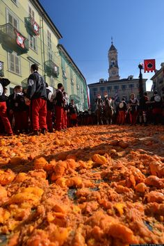 Italy's Carnevale Di Ivrea / Battle of the Oranges