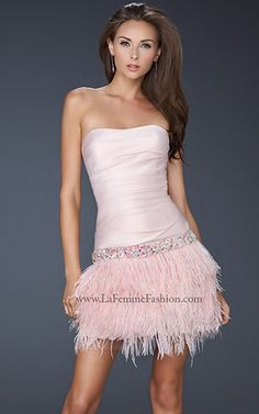 La Femme style 17152 - #lafemme #fashion #dress #cocktaildress #shortdress #homecomingdress #shortpromdress #model #newyearsdress #dance #vegas #pinkdress #shortpinkdress #bachelorette #dresses #feathers #pink #prom #cocktail