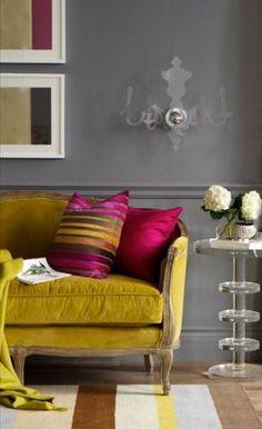 Dark grey walls & Mustard velvet sofa- I mean... the mustard and velvet part might be pushhhin it, but love!