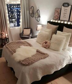 Best Way To Make Home Decor On A Budget Apartment Small Rooms Living Room . - best way to get home decor on a budget apartment small rooms living room – room - Small Living Rooms, Room Ideas Bedroom, Home Decor, Stylish Bedroom, Small Space Living Room, Stylish Bedroom Design, Room Decor, Small Bedroom, Cute Bedroom Ideas