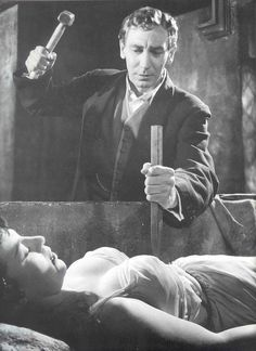 "My Favorite Hammer Horror film of all time! Horror of Dracula. In the UK it was ""Dracula"". Hammer Horror Films, Hammer Films, Gothic Horror, Horror Art, Horror Icons, Vampire Dracula, Dracula Film, Francois Truffaut, Horror Monsters"