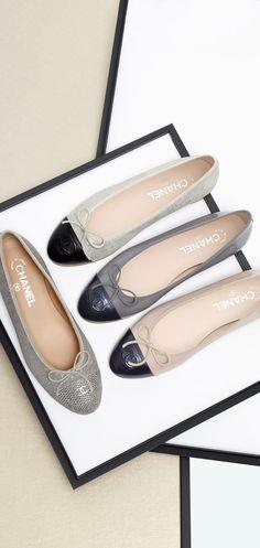 Zapatillas lindas, cómodas y Chanel. Qué más se puede decir del placer! Chanel ~ Leather Ballet Flats 2015