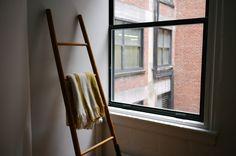 Ladder up | via @ceeesk Ladder Decor, Furniture, Home Decor, Homemade Home Decor, Home Furnishings, Decoration Home, Arredamento, Interior Decorating