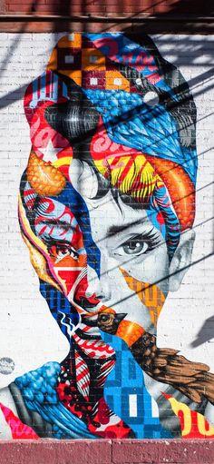 Graffiti Audrey Hepburn Wallpaper iPhone Graffiti Designs, Street Art Graffiti, Street Art News, Graffiti Murals, Street Artists, New York Street Art, New York Graffiti, Art And Illustration, Street Art Artiste
