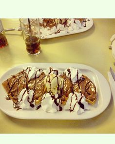 Waffles with nutella
