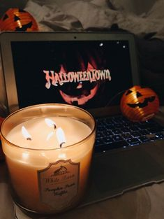 Find images and videos about movie, autumn and fall on We Heart It - the app to get lost in what you love. Halloween Tags, Fall Halloween, Halloween Movies, Halloween Inspo, Halloween Night, Halloween Halloween, Vintage Halloween, Autumn Aesthetic, Autumn Cozy