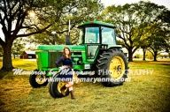 senior picture ideas for country girls   Senior Picture Ideas