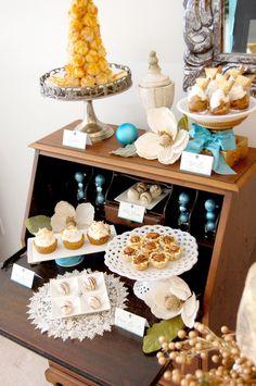 Joyeux Noel Dessert Table