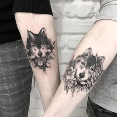Terryemi pair of wolf Tattoo – tattoos for girls. Discover this many concepts, extra tattoos. of pictures and images every day. Wolf Tattoos, Tribal Tattoos, Hamsa Tattoo, Body Art Tattoos, Tattoo Skin, Tattoos Skull, Tattoo Arm, Sister Tattoos, Girl Tattoos