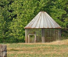Corn Crib How Can I Get One Of These For My Garden Outdoor Structures