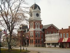 Covington Georgia, one of the filming locations for Vampire Diaries.