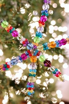 Easy Christmas Ornament kids can make ~ Beaded Snowflake Ornament