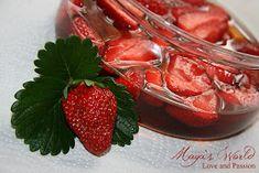 Maya's World: Otet de mere cu capsuni Maya, Strawberry, Fruit, Food, Fragrance, Essen, Strawberry Fruit, Meals, Strawberries