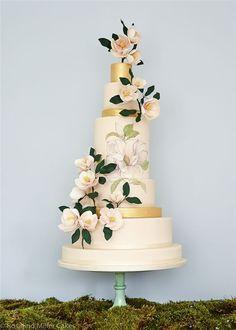 Rosalind Miller Sugar Flower Wedding Cake 13