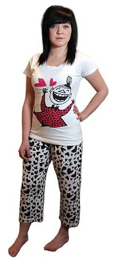 Pyjama valkoinen Pikku Myy, Kevät 2013. Koko L. Myös toinen väri käy.