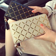Women Tassel Plaid Long Wallet Hollow Out Clutch for Credit Card Skeleton Purses Phone Holder Zipper Clutch Bag for Women Wallet