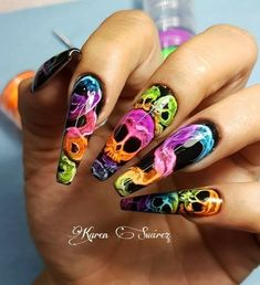 Newest And Creative Halloween Nail Art Designs 2019 - cute nails - halloween nails Goth Nails, Skull Nails, Neon Nails, Diy Nails, Swag Nails, Manicure, Shellac Nails, Skull Nail Art, Nail Nail
