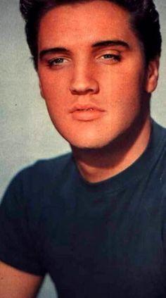 Elvis Presley, beautiful man