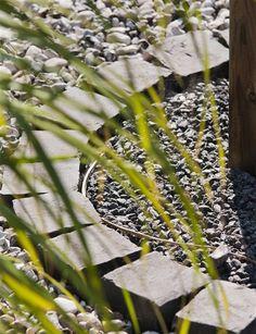 Klassisk gatsten i granit! Alltid uppskattat. Granit Smågatsten 9/11 cm | Stonefactory.se