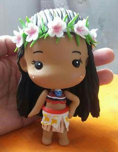 moana Polymer Clay Disney, Cute Polymer Clay, Cute Clay, Polymer Clay Miniatures, Polymer Clay Projects, Diy Clay, Anna E Elsa, Festa Toy Story, Nerd Crafts