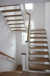 wei e offene treppe treppe pinterest. Black Bedroom Furniture Sets. Home Design Ideas
