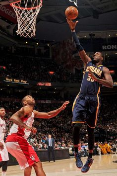 MARCH 1, 2013 - The Pacers took on the Raptors in Toronto, grabbing a 39-34 lead at the end of the first half. Danny Granger and Roy Hibbert led the Pacers in the half with eight points apiece.