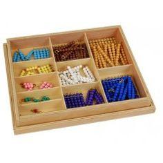 Petites chaînes colorées et carrés - Tangram Montessori