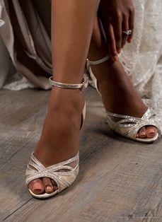 Imaani Lulu beige wedding shoe - vintage inspired, feminine and suitable for every skin tone. Bridal Shoes, Wedding Shoes, Beige Wedding, Skin Tone, On Your Wedding Day, Vintage Inspired, Feminine, Stylish, Fashion