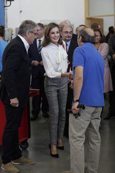 La Reina lució este look durante la apertura del curso de formación profesional 2017/2018, en el Instituto de Educación Secundaria 'Segundo de Chomón'. 27.09.2017