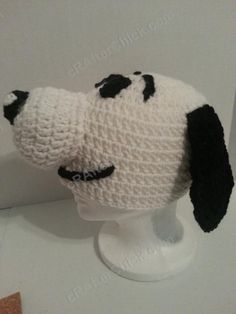 Charlie Brown's Snoopy the Dog Character Hat Crochet Pattern (15)