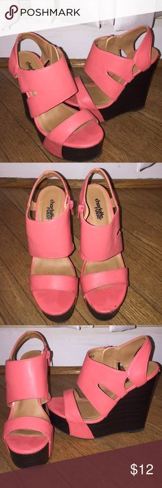 CHARLOTTE RUSSE coral wedges SZ 6💞 CHARLOTTE RUSSE coral wedges SZ 6💞 so comfortable and cute.. Worn a few times • there are some signs of wear on the shoe, but look at the bottoms! These shoes are in GREAT shape!! Charlotte Russe Shoes Heels
