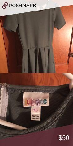 LuLaRoe Amelia Grey XS Amelia LuLaRoe Dresses
