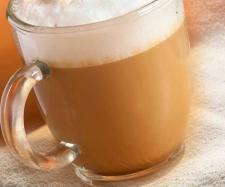 moccacino 2 portion/s      5 carrés de chocolat noir     500 g de lait demi écrémé     2 c. à café bombées de café instantané     sucre, selon votre goût