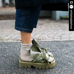 Presto su H-Brands.com  @n21_official @kartell_official ・・・ Shoes mania! Yes we love it! Pic by @whatastreet during last WHITE! #whiteshow #whitemilano #n21 #kartell #hbrands
