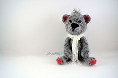 The Cutest Crochet Bear Pattern - Free from B.hooked Crochet The cutest crochet teddy bear pattern you will ever see. Crochet your very own teddy with this free pattern and video tutorial from B. Crochet Patterns Amigurumi, Crochet Dolls, Crochet Skirts, Cute Crochet, Easy Crochet, Tutorial Crochet, Beautiful Crochet, Crochet Teddy Bear Pattern, Crochet Leg Warmers