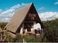 Schnuckeliges Reetdachhaus (2 Personen) im Luftkurort Waren an der Müritz mit Gartennutzung und Seeblick.