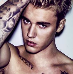 See Justin Bieber pictures, photo shoots, and listen online to the latest music. Justin Bieber Posters, Justin Bieber Images, Justin Bieber Wallpaper, I Love Justin Bieber, Justin Bieber Interview, Justin Bieber Photoshoot, Ariana Grande Fotos, Celebrity Crush, My Idol