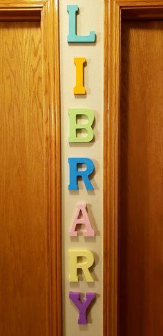 L-I-B-R-A-R-Y wooden wall decoration DIY | #AnnywayBoutique Name Letters, Wooden Letters, Wooden Walls, Mini Library, Little Library, Small Hallways, Book Nooks, Diy Wall Decor, Decorating Ideas