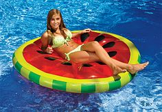 Includes two popular swimming pool floats. These are high-quality swimming pool floats. Your guests will love these floats at your next pool party. Watermelon Pool Float, Green Watermelon, Watermelon Slices, Watermelon Patch, Large Pool Floats, Inflatable Floating Island, Inflatable Raft, Pool Rafts, Pool Floats