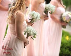 Bridesmaids Bouquets White