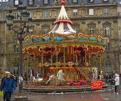 Christmas Eve in Paris // Carousel