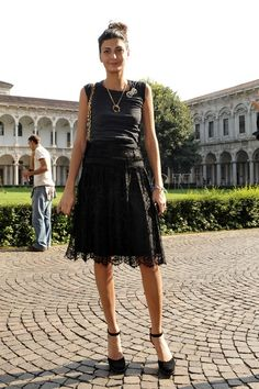 Giovanna Battaglia in Dolce & Gabbana - Milan FW Spring 2010